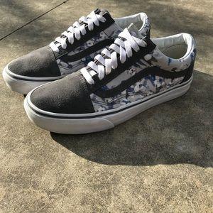 f9cbfdc794 Vans Shoes - Vans Old Skool floral Size M 7.5 W 9.